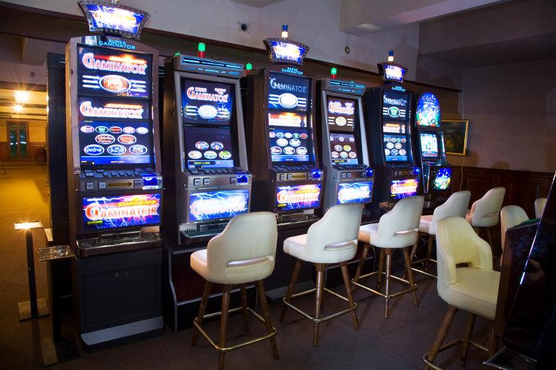 Как открыть зал игровых автоматов? Выгодный и