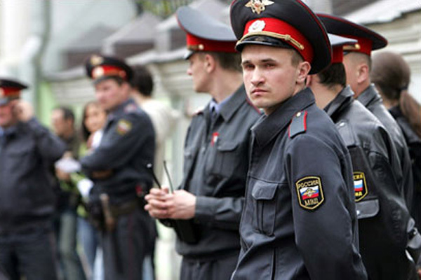 http://ozonline.ru/wp-content/uploads/2012/07/policia.jpg