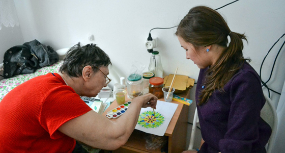Арт-терапия в Миасском доме престарелых