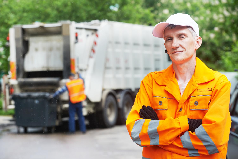 В вывозе отходов в праздники будет задействовано более 170 мусоровозов