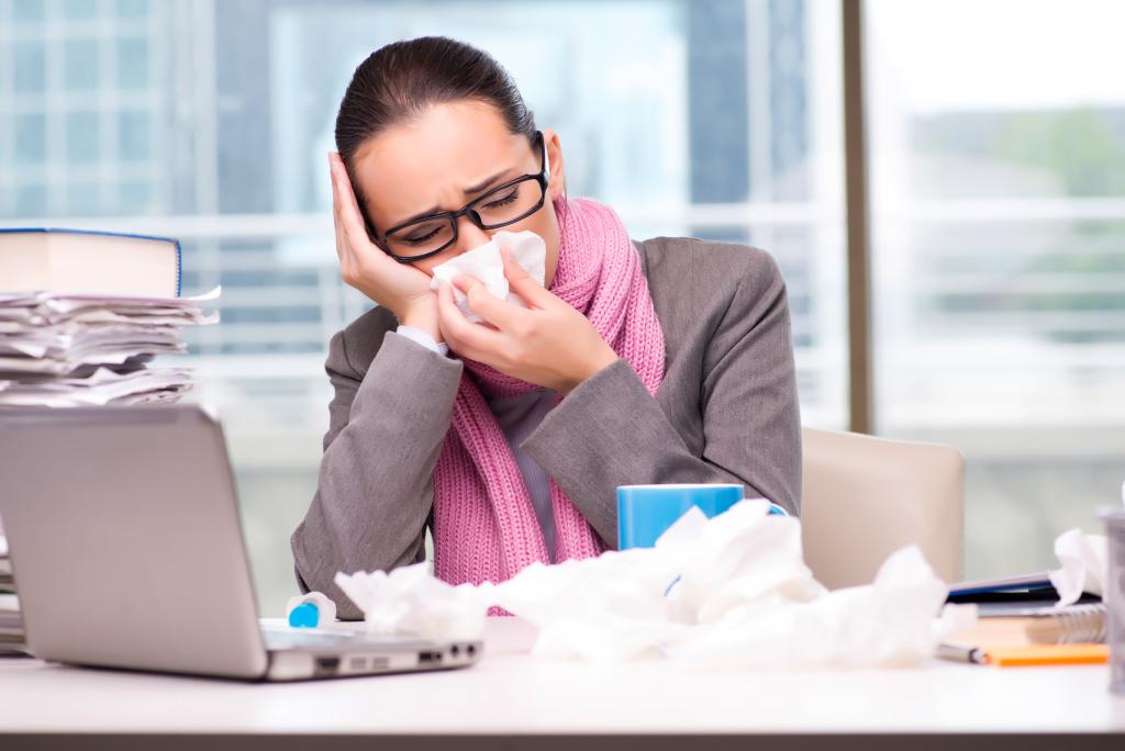 На Урале каждый третий уверен, что заболел из-за коллег